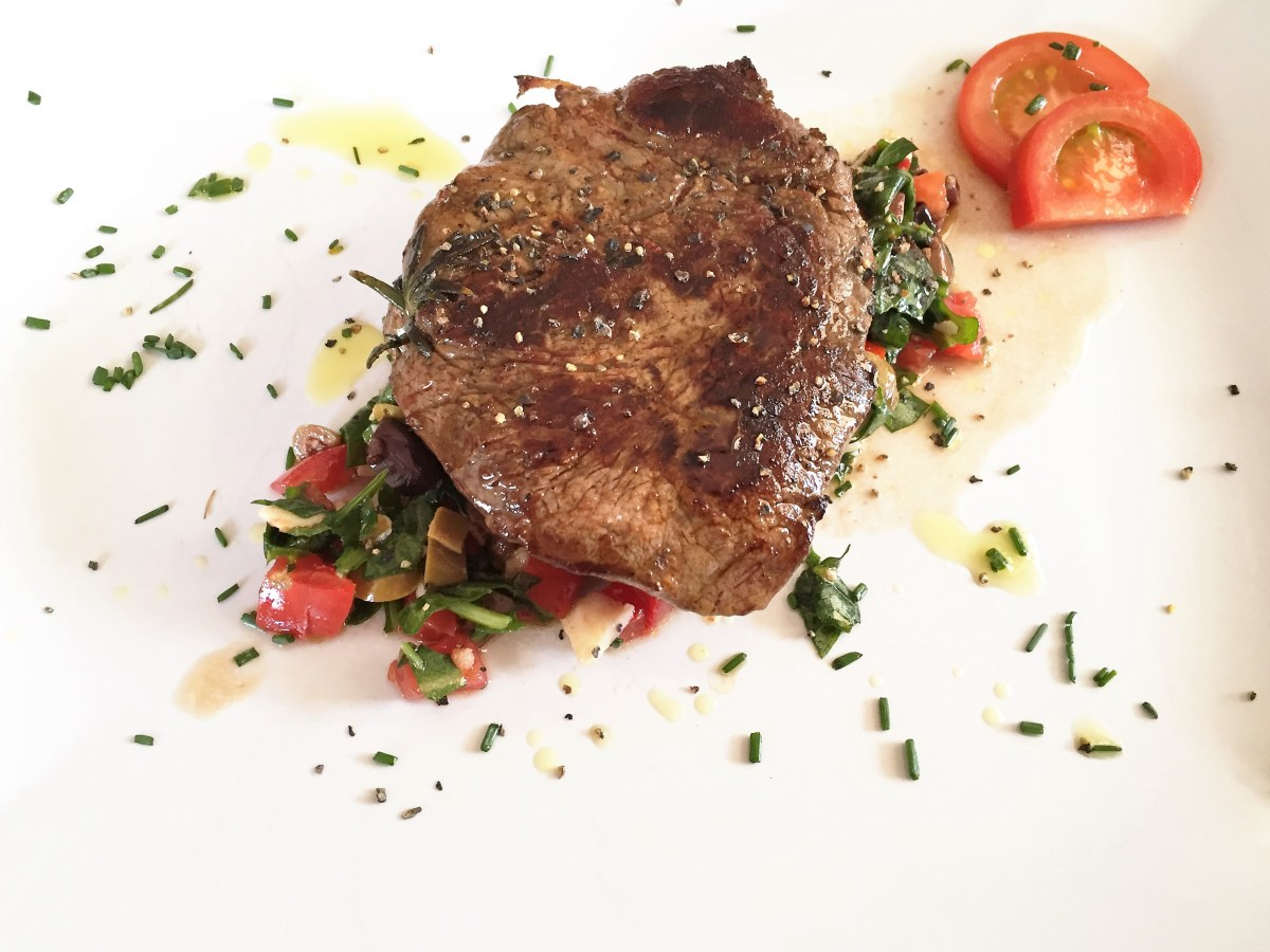 Filet Mignon with Mediterranean Salad