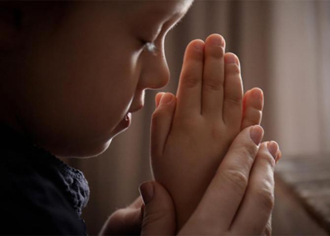 Dobbiamo lottare con la preghiera e l'amore per l'unità