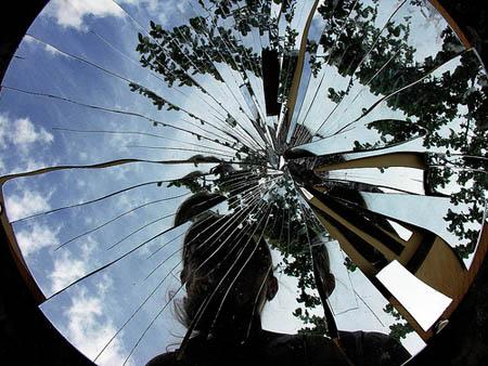 Jacques lacan e la teoria dello specchio - Specchio rotto sfortuna ...