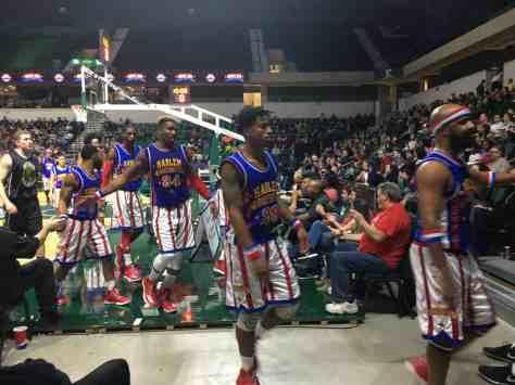 Harlem Globetrotters - Leaving for Halftime