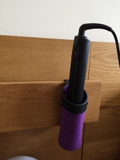 Hair straightener holder