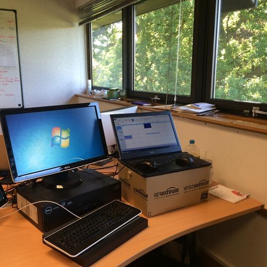 Standing desk (1)