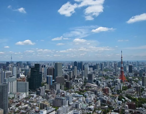 The best view in TOkyo is certainly from the Mori Towers in Roppongi Hills