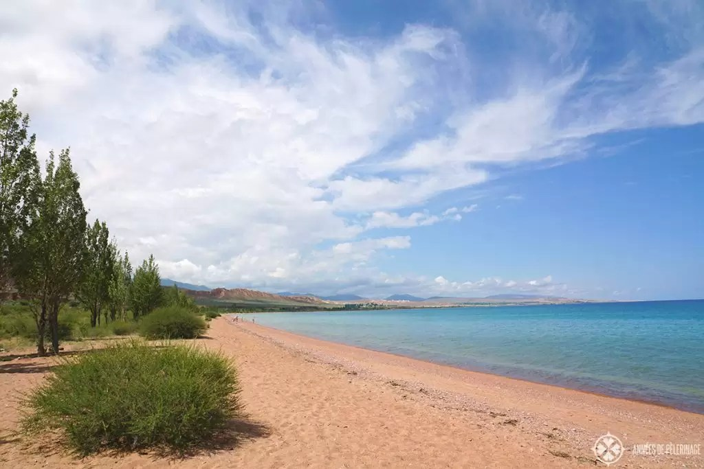 The beach of the Issyk-Kul lake. Of all the things to do in Kyrgyzstan this suprised me the most. Never thought you could actually see beaches like in italy here.