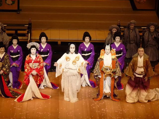 Watching a Kabuku performance in Kyoto is certainly one of the must dos
