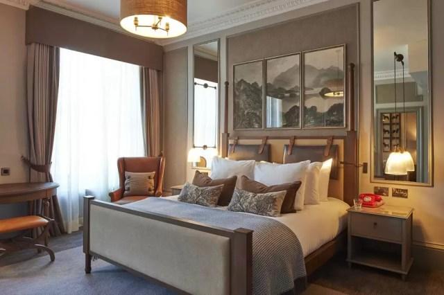 Inside a suite at the Principal Edinburgh George Street