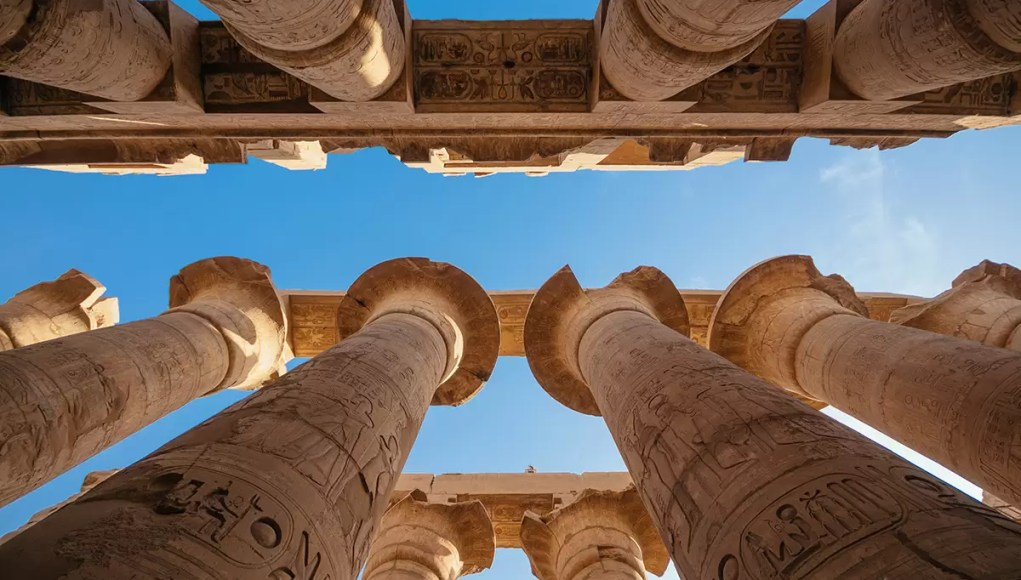 Hypostyle Hall of Karnak Temple in Luxor, Egypt