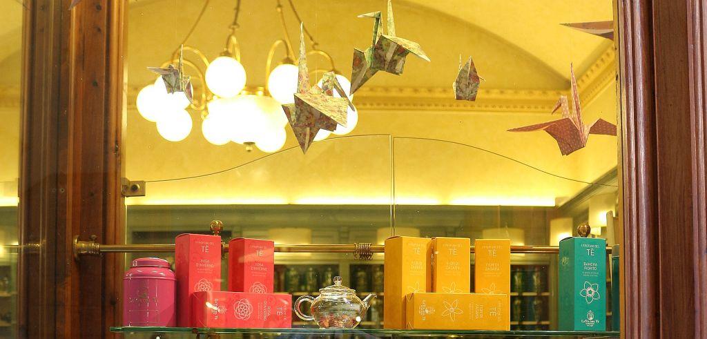 Details Schaufensters Parfümerie