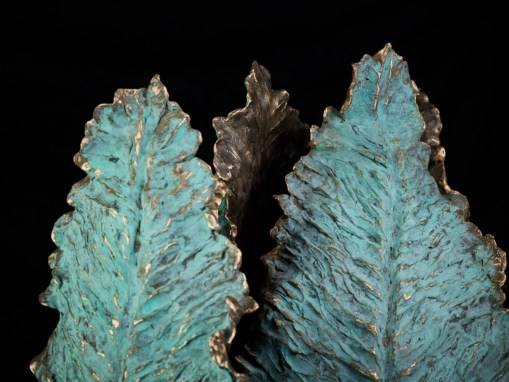 Parrot tulip closed bronze partly blue patinated