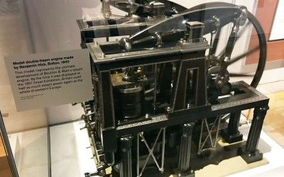 A Model Double-Beam Engine