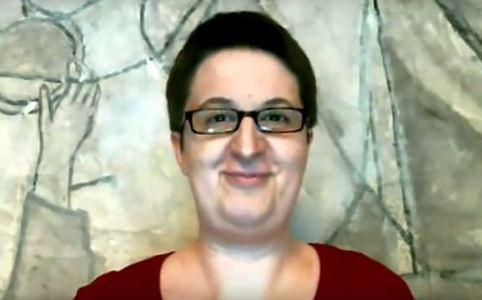 Annette Schwindt im Interviewvideo