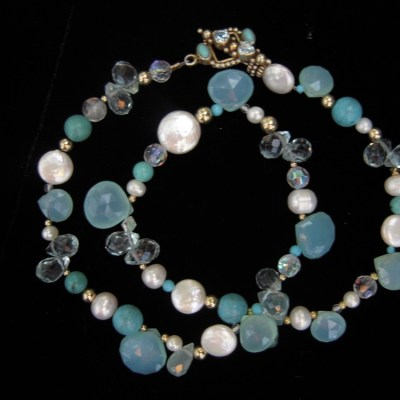 chalcedony-pearls-blue-topaz-necklace