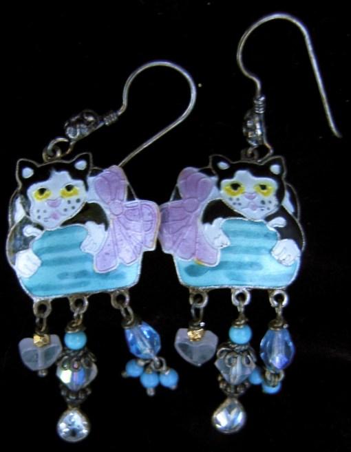 Enamelled cat earrings