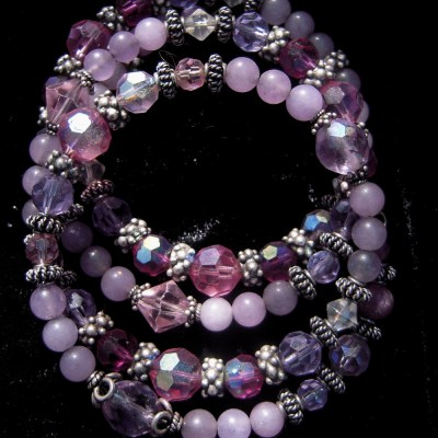 Memory wire bracelet with rubies lavender jade