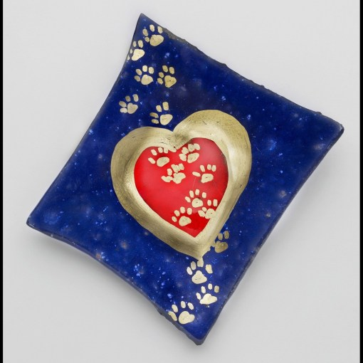 Pawprints Across Heart Plate