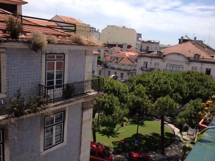 Chambre avec vue magnifique sur Lisbonne, trouvée sur le site Airbnb