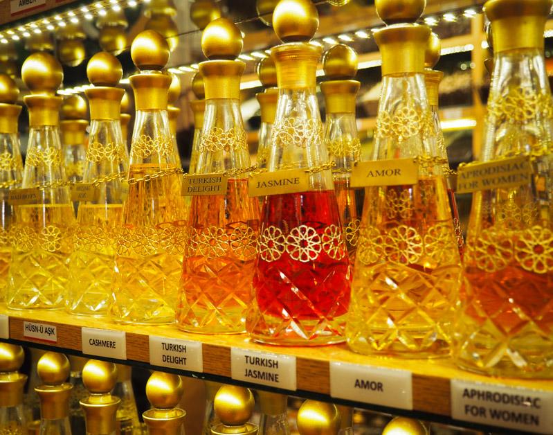 Parfums au Grand Bazar