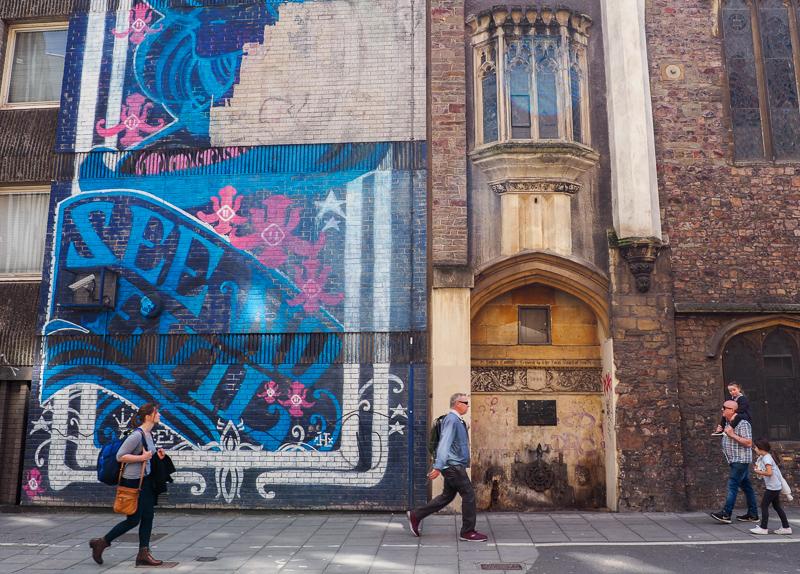 Fresque d'art de rue à Bristol.