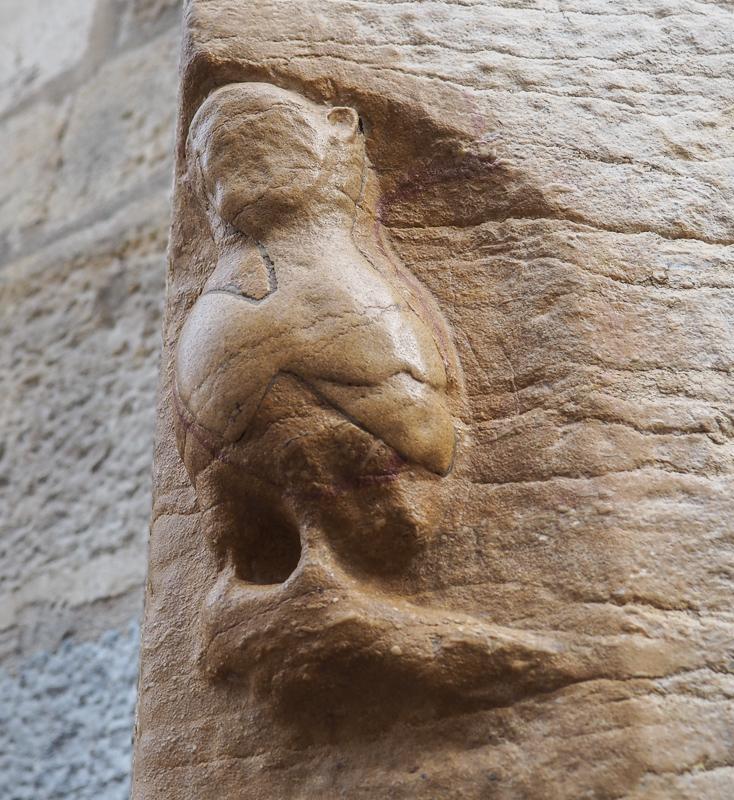 La chouette sculptée de l'Église Notre-Dame de Dijon, porte-bonheur des habitants de la ville.