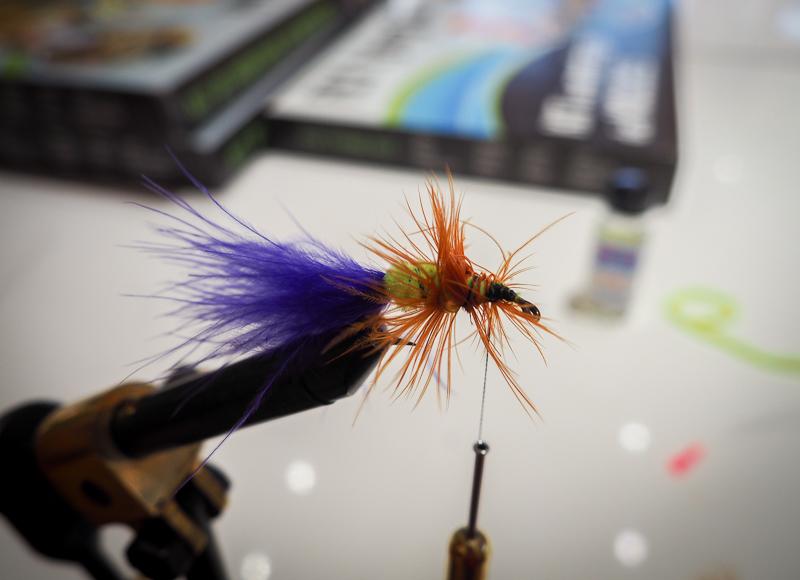 Création de mouches à pêche à Campbellton