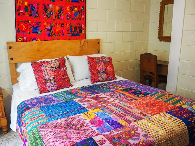 Chambre de l'hôtel Yellow House à Antigua