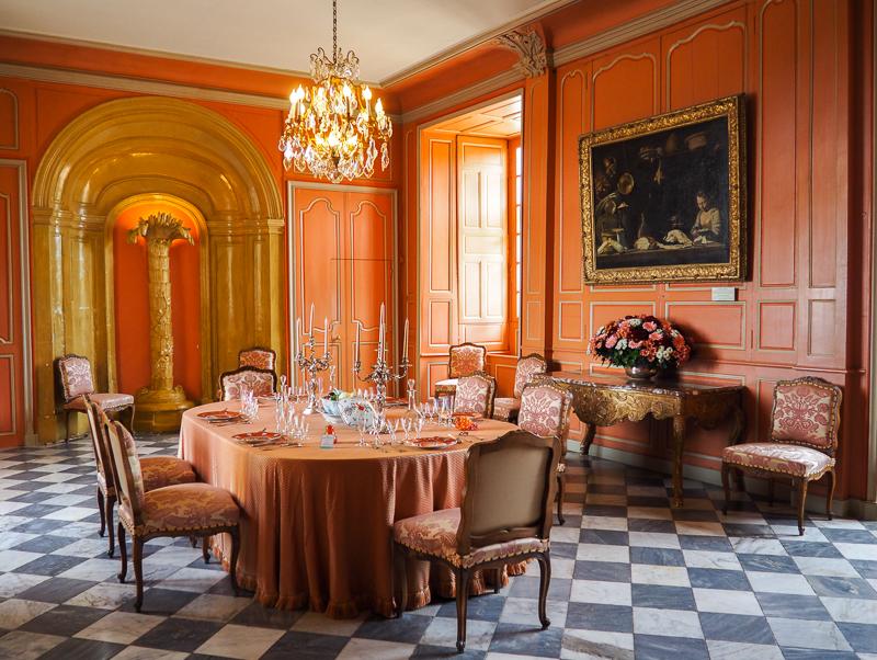 Salle à manger rose du château de Villandry