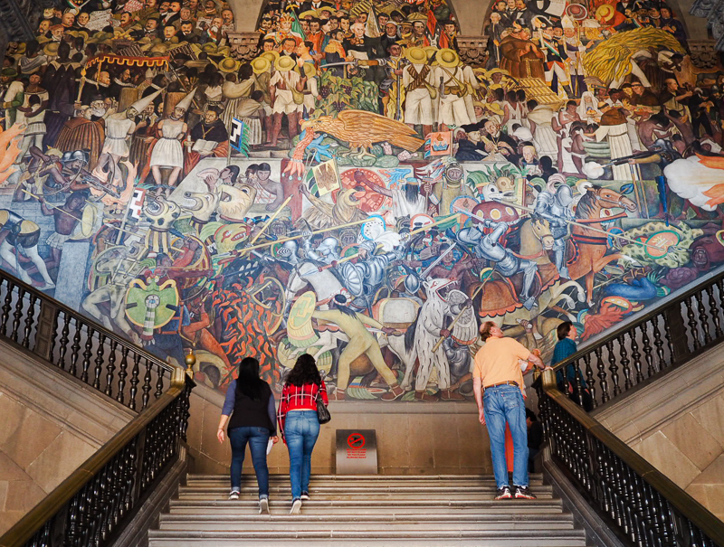 Murale Épopée du peuple mexicain de Diego Rivera au Palacio nacional de Mexico City