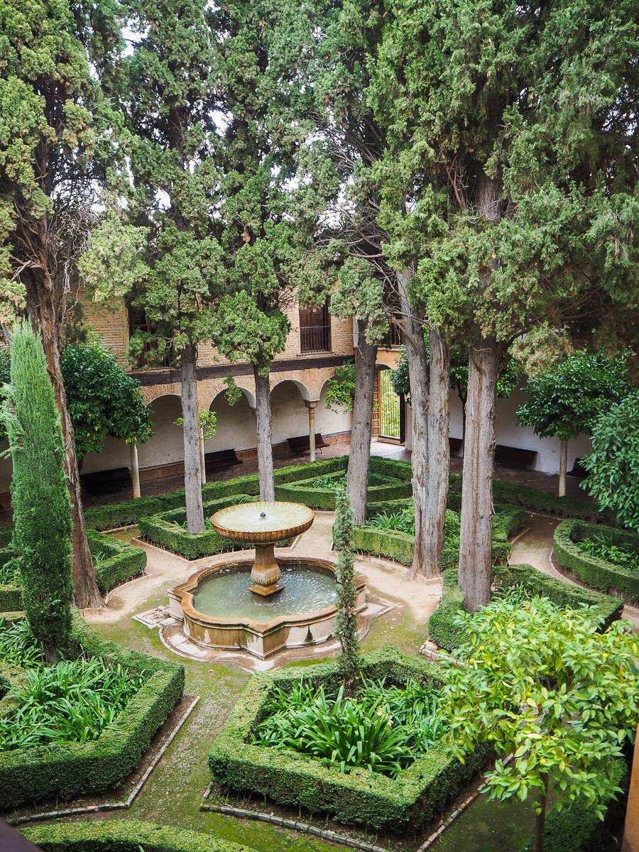 Jardins du palais des Nasrides