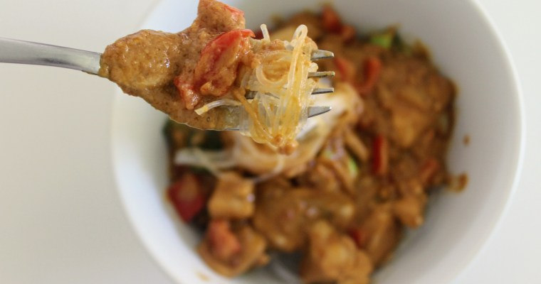 Dairy Free and No Carb Spicy Thai Peanut Rice Noodle Curry