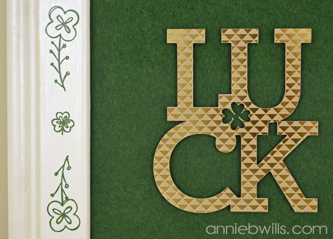 sketched-st-patricks-day-frame-by-annie-williams-luck-detail