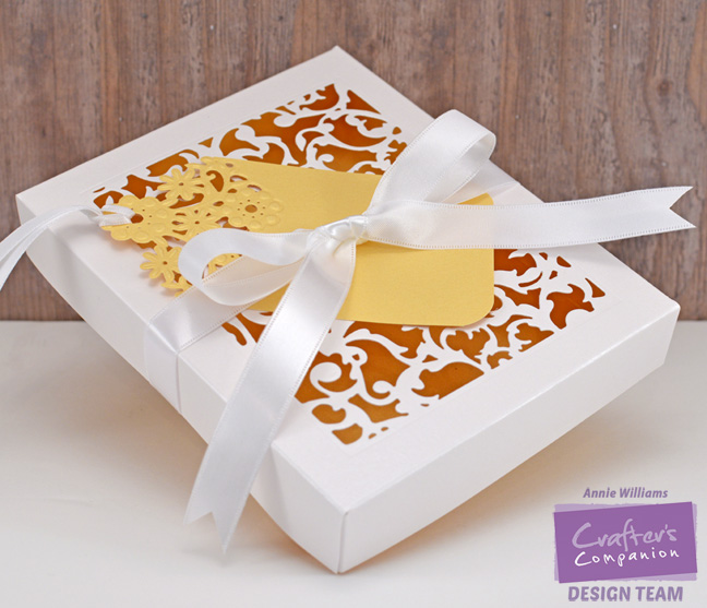 Viny Gift Box and Tag by Annie Williams - Together