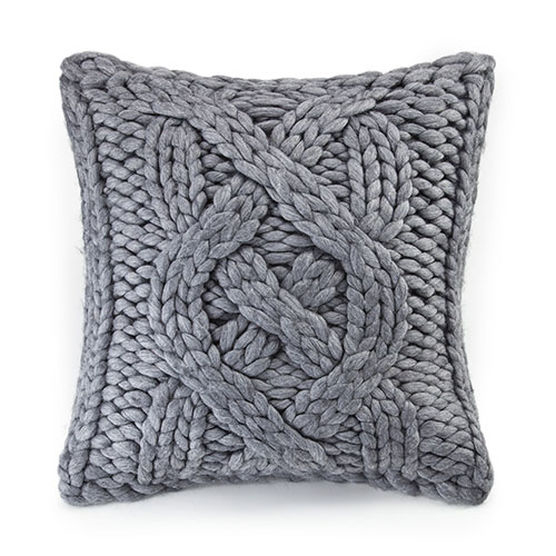 chunky-knit-pillow-by-ugg
