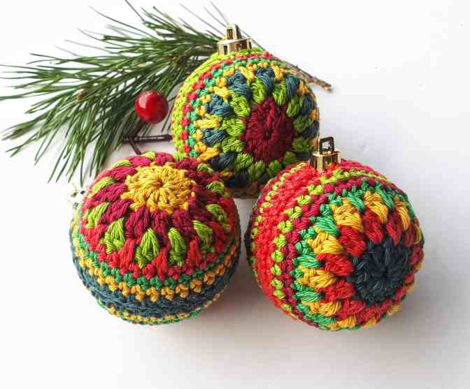Christmas Images Free To Use.Christmas Baubles Free Pattern Annie Design Crochet