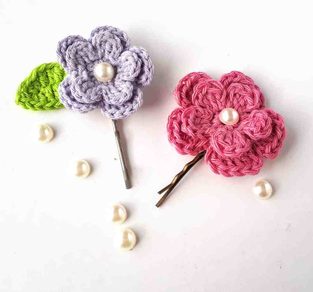 Spring Flower Hair Clips – Free Crochet Pattern