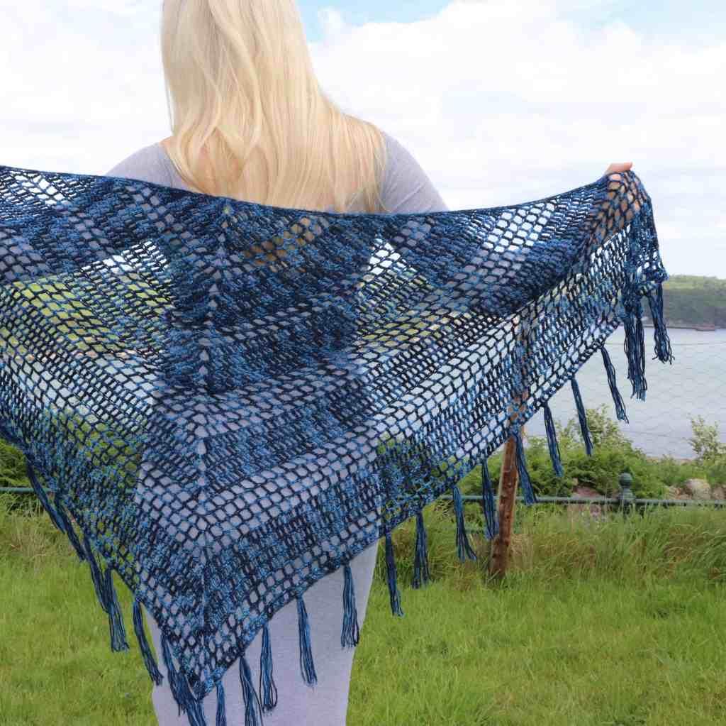 Nightfall – Free crochet pattern for triangle shawl
