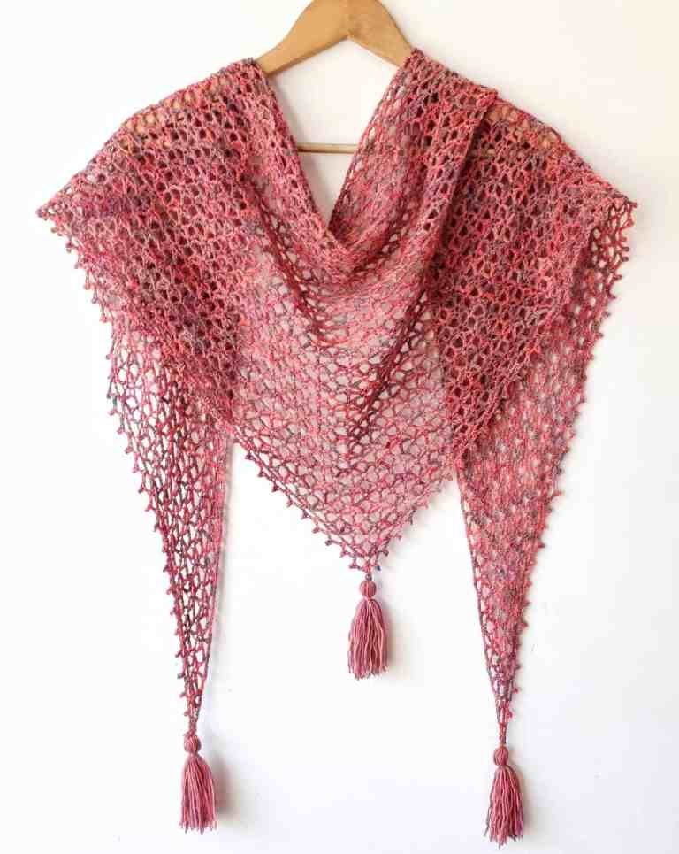 One skein of yarn makes this triangle shawl. Free crochet pattern
