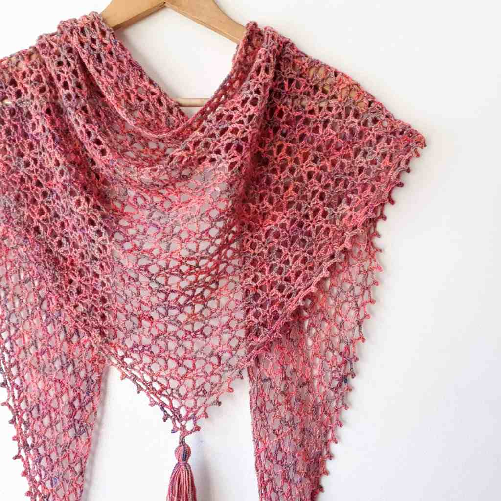 Little Fictions – Free Crochet Pattern for a One Skein Shawl