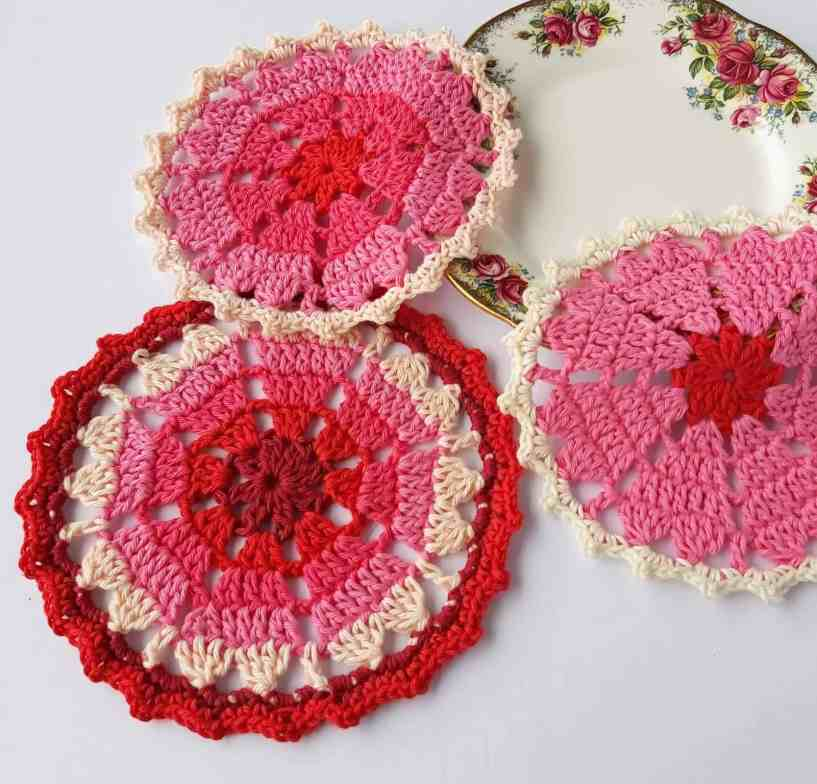 Crochet Heart coaster free pattern