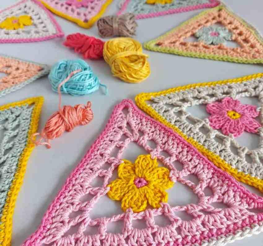 flower crochet bunting pattern