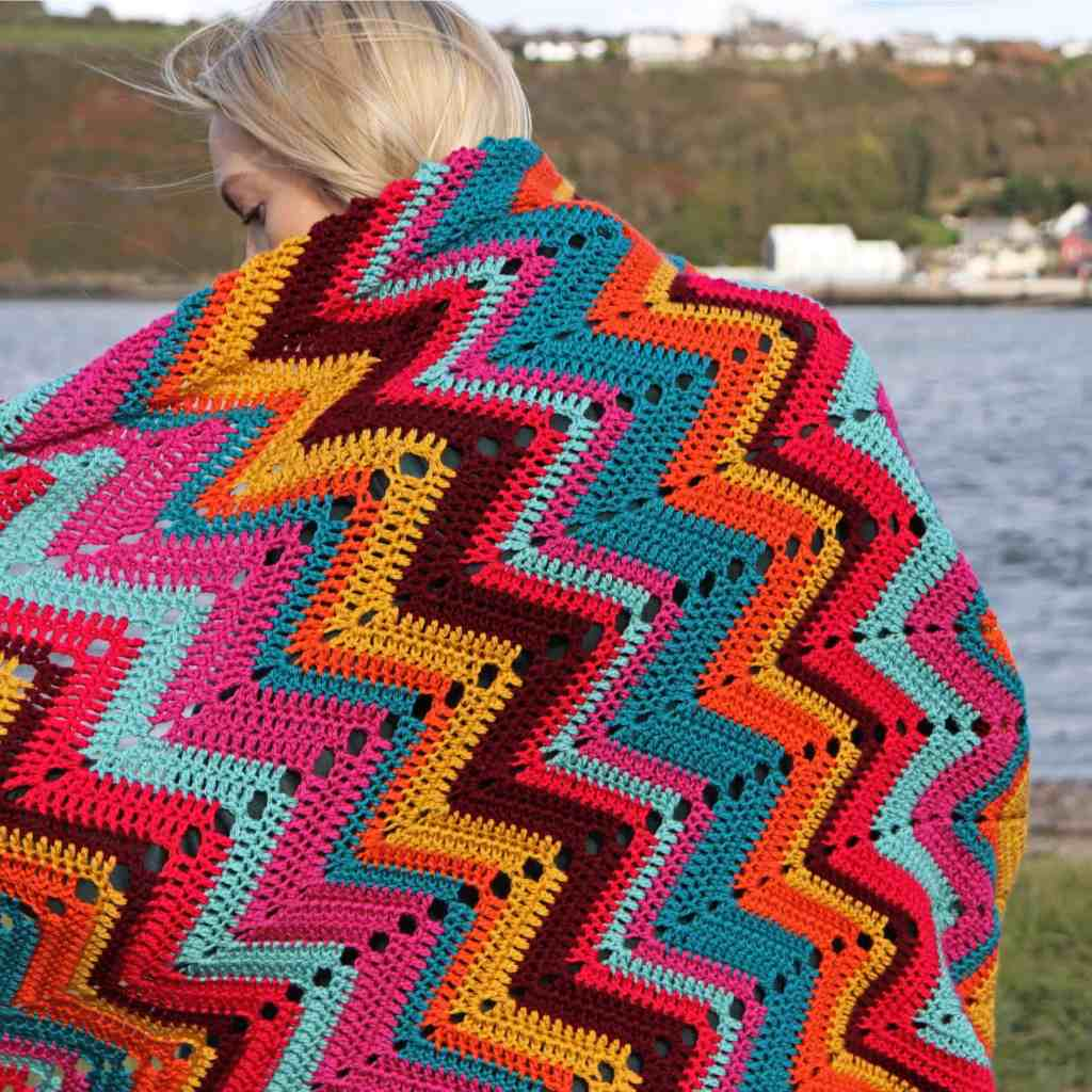 Crochet Chevron Retro Blanket Pattern
