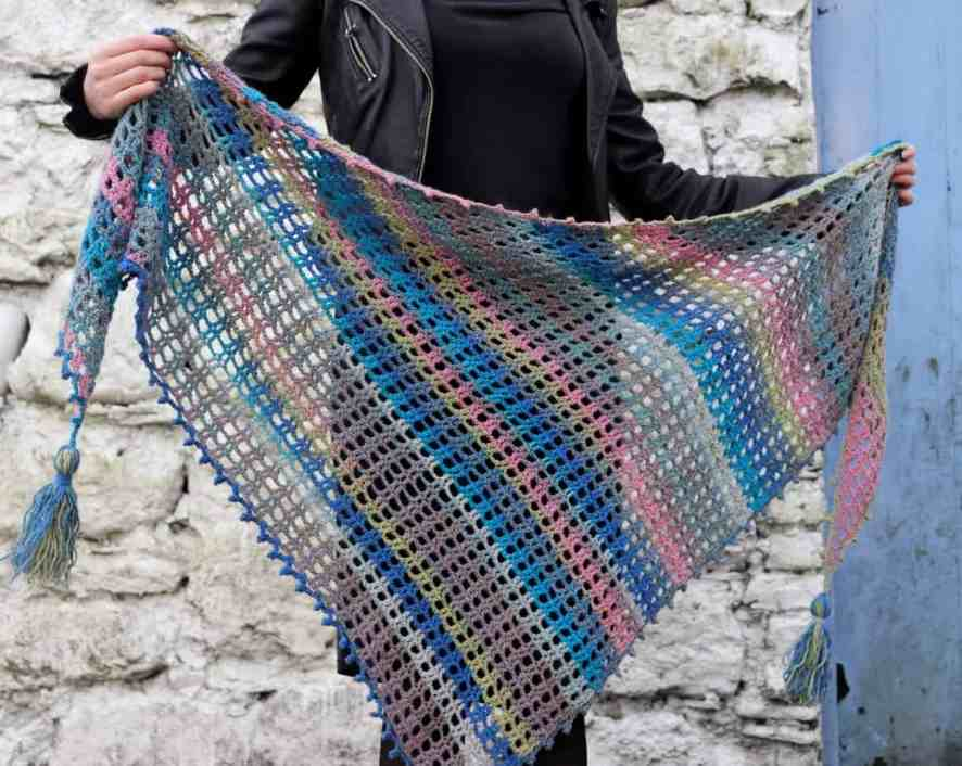 easy triangle crochet shawl