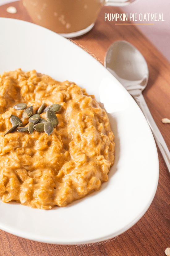 Pumpkin Oatmeal - Pure, hearty comfort in a bowl! Warm, sweet, spicy and filling, it's the perfect breakfast choice for these colder months.