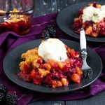 What could be more perfect for Autumn than an Apple and Blackberry Crumble? A crisp topping, juicy blackberries and tender apples all baked into one decadent dessert!
