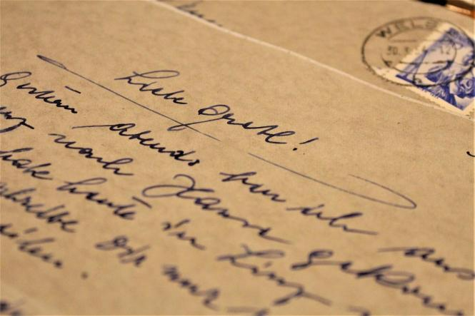love letters, anniversary love letters, write a love letter for anniversary, love letter gifts,