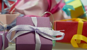 5 Ultimate Surprising Wedding Anniversary Gift Ideas For Brother