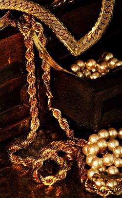 Gold Jewelry 14 years modern anniversary