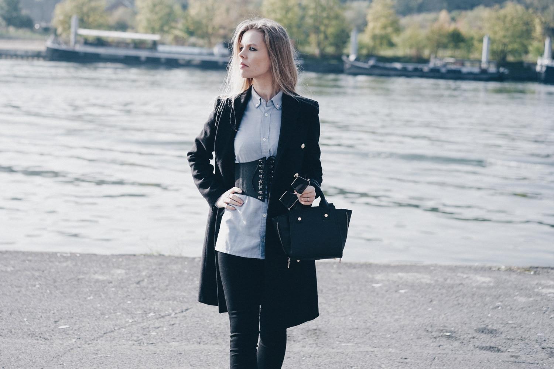 Chemise et ceinture corset • BlogNroll efaf1e31b73