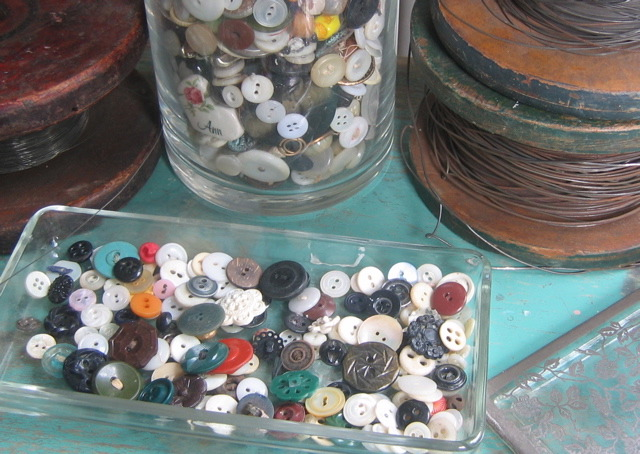 buttons.jpg