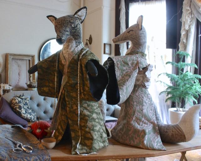 fitting foxes for kimonos