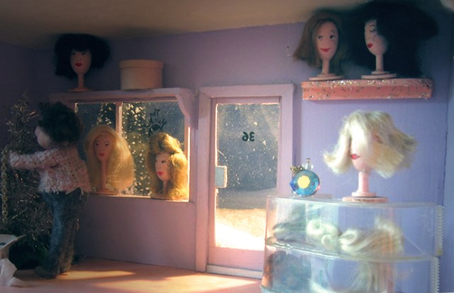 hair hut diorama